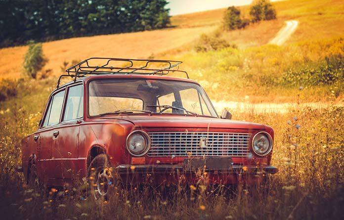 Renowacja starego samochodu – jak odnowić karoserię?