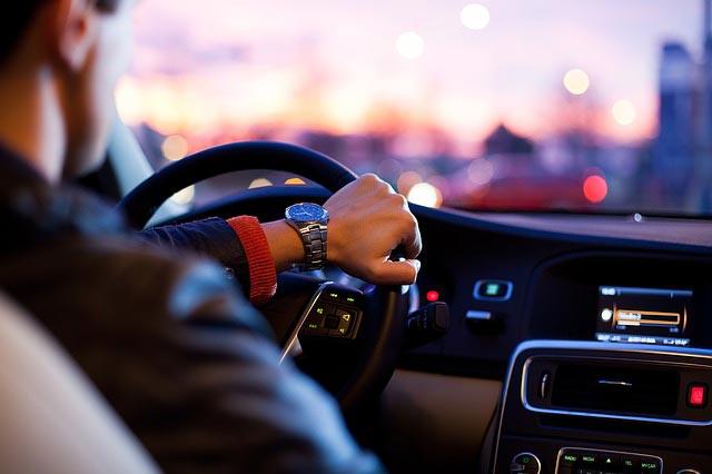 Wypożyczenie samochodu w Polsce i Europie. Co warto wiedzieć?